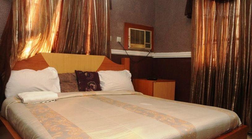 Glonik Mende hotel